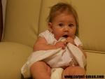 Bebelus la 6 luni – dezvoltarea psihomotorie a copilului de 6 luni