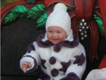 Bebelus la 7-8 luni – dezvoltarea psihomotorie a copilului de 7-8 luni