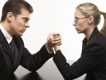 Studiu: De ce sunt femeile mai inteligente decat barbatii?