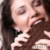 Studiu: Ciocolata nu este indicata pentru oasele reprezentantelor sexului frumos
