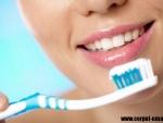 Ce afectiune poti sa eviti daca te speli pe dinti asa cum trebuie