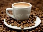La ce ora din zi este recomandat sa iti bei cafeaua