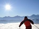 De ce trebuie sa ne protejam ochii iarna la schi?