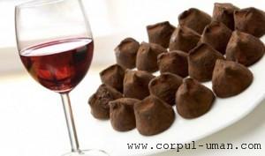 Dieta cu ciocolata si vin